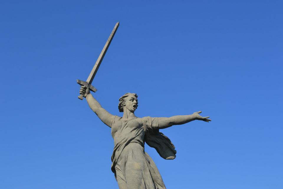 motherland calls statue, motherland calls monument, volgograd statue