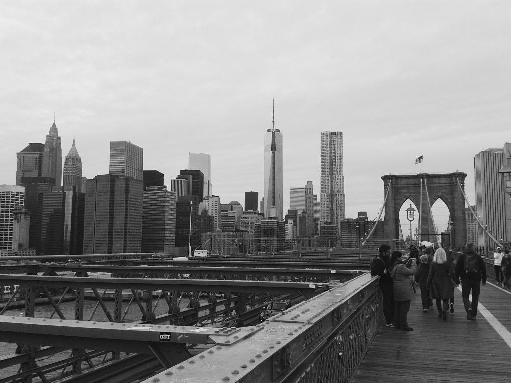 new york skyline, brooklyn bridge, new york