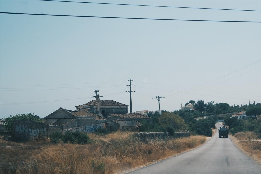 spanish town, portuguese town the algarve, road trip