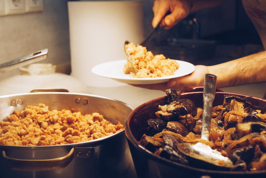 Manas Kouzina Kouzina, greek food, athens food, athens restaurant