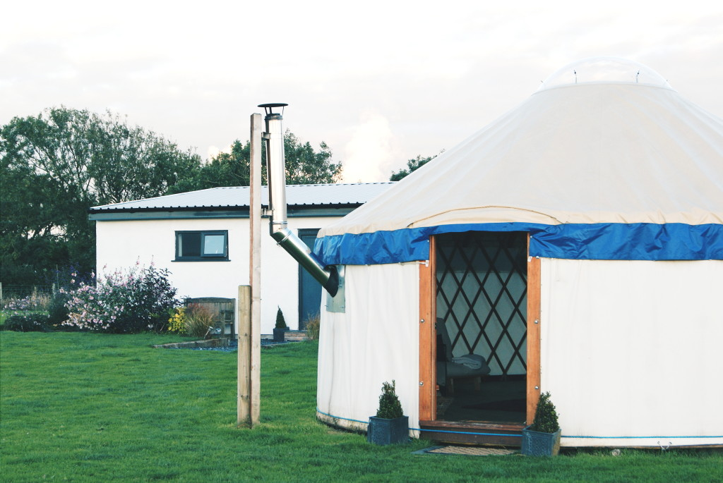glamping in wales, anglesey accommodation, yurts anglesey