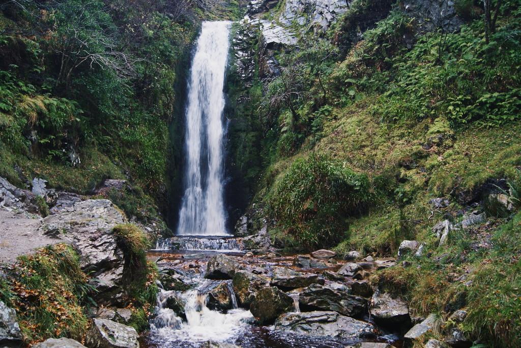 visiting glenevin waterfall, glenevin waterfall, things to do in inishowen