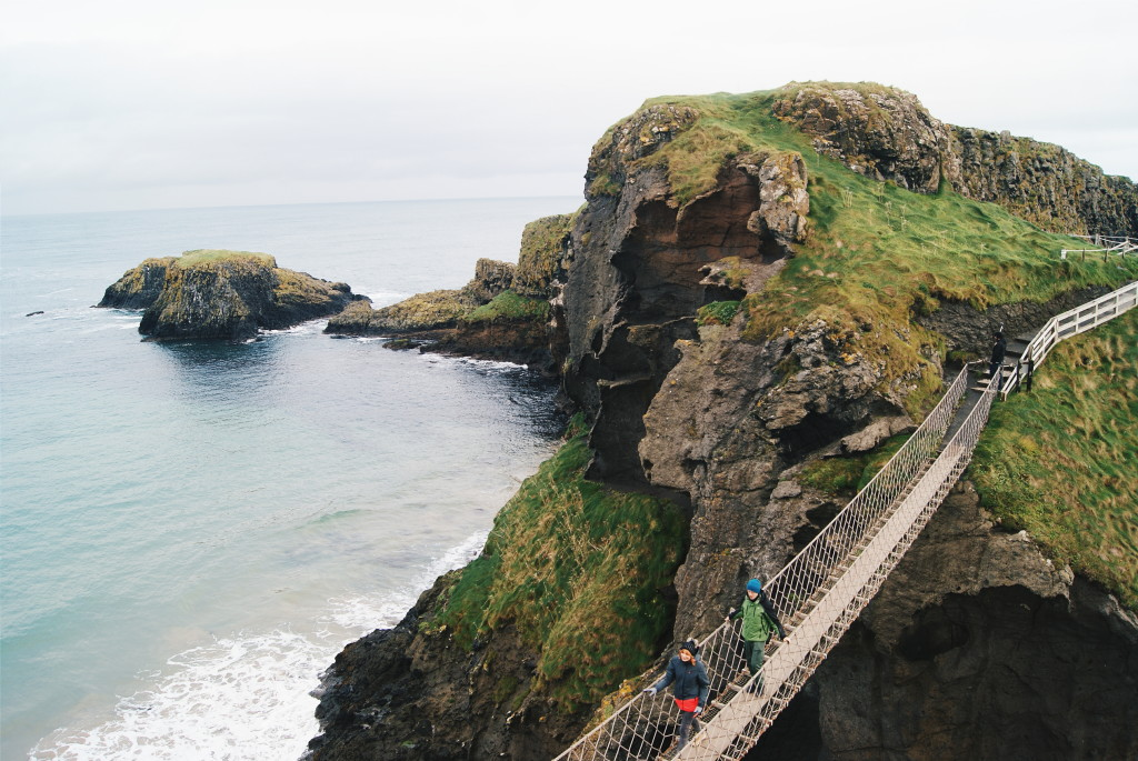 carrick-a-rede rope bridge, walking the causeway coast way, hiking northern ireland
