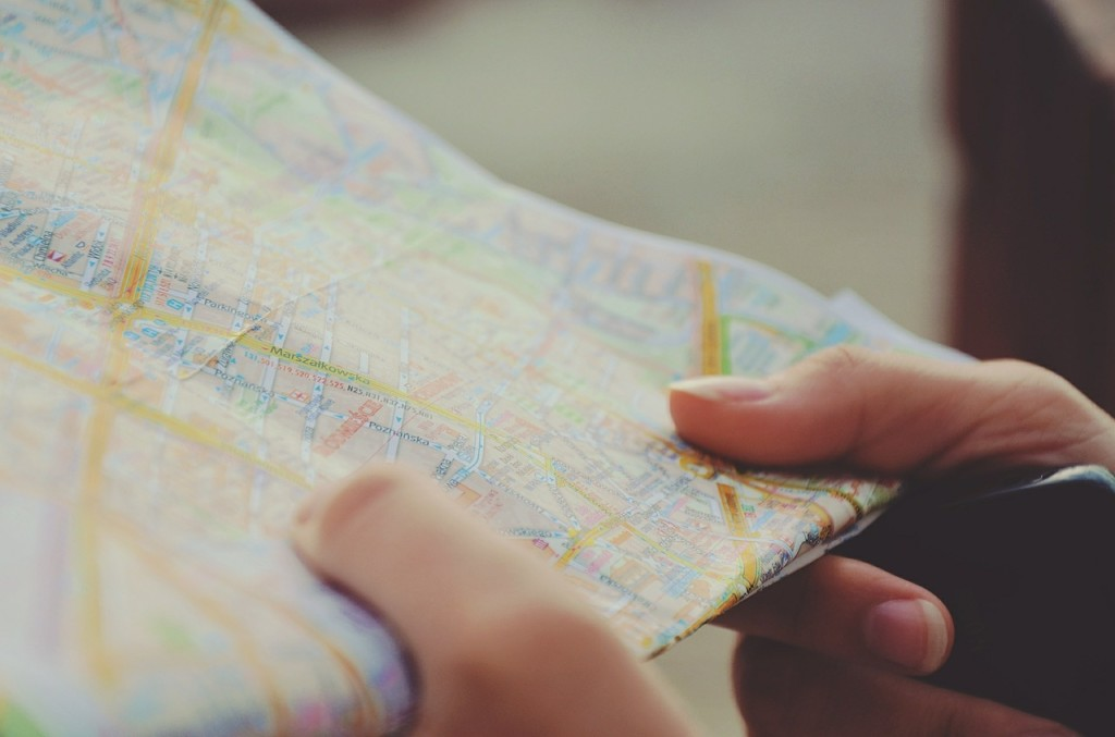 guide to travel planning, travelling with maps, map travel planning