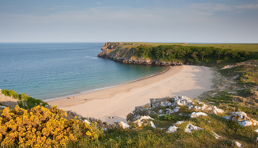 uk beach breaks, barafundle bay, pembrokeshire beaches, best beaches in wales