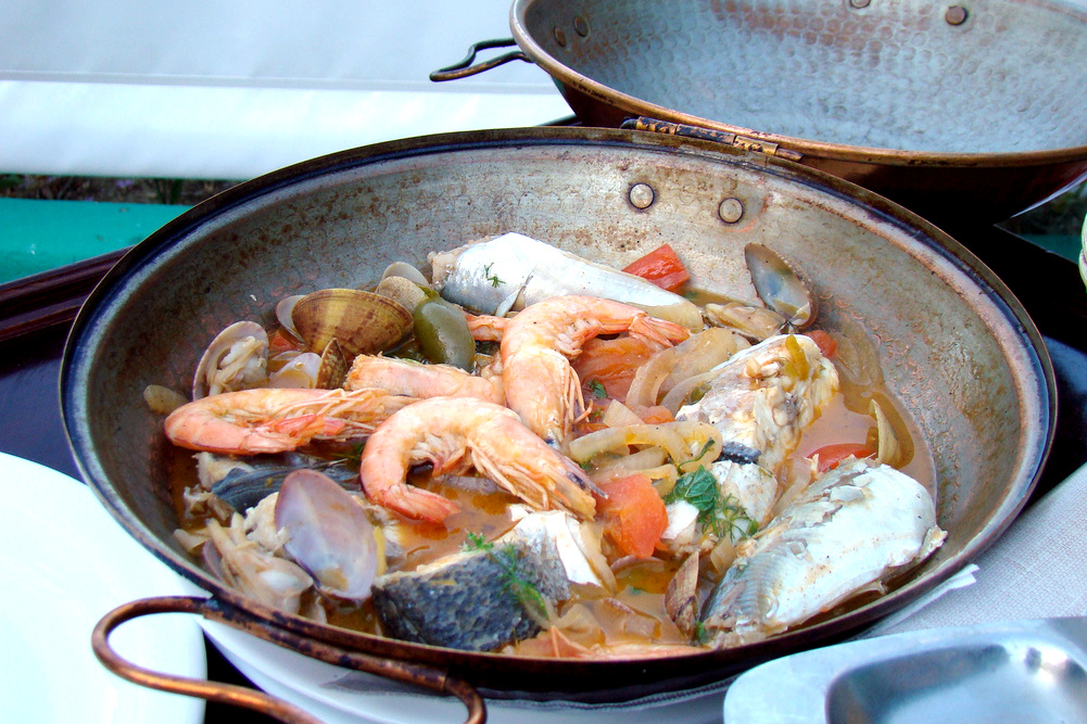 portuguese dishes, portugal food, portuguese cuisine, cataplana, algarve bucket list