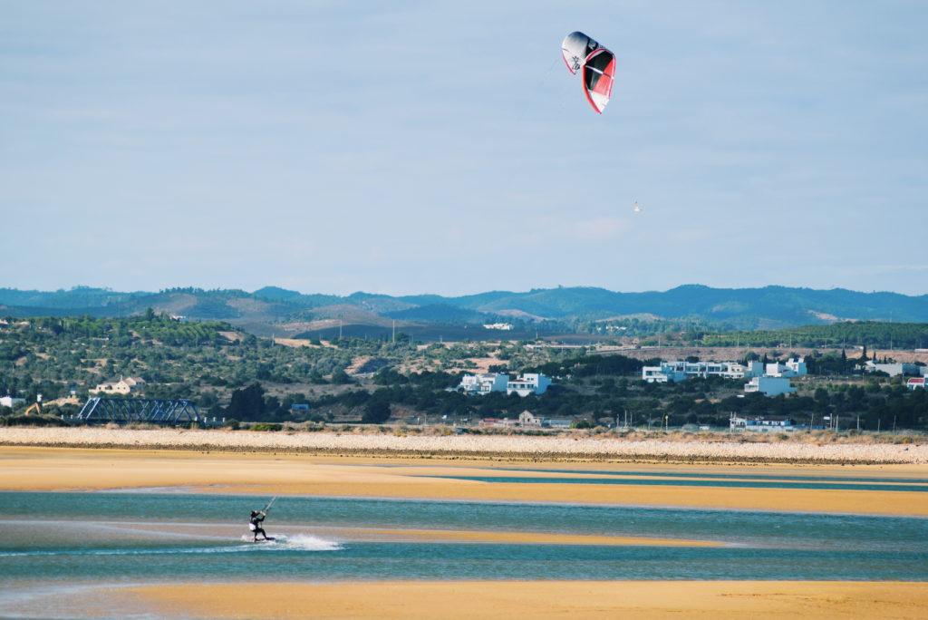 alvor boardwalks, kitesurfing algarve