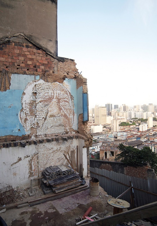 portuguese street artist, vhils street art