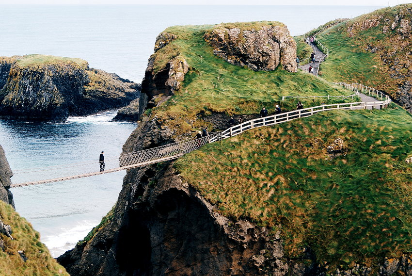 carrick-a-rede, weekend in antrim, northern ireland travel