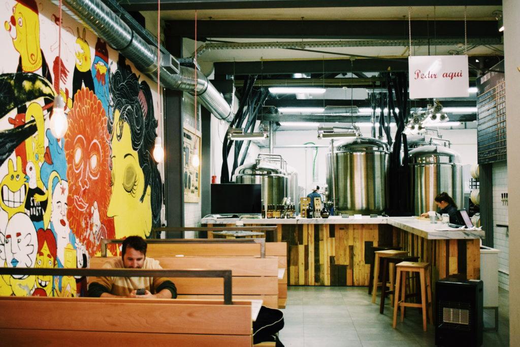 craft beer lisbon, dois corvos lisbon, lisbon guide