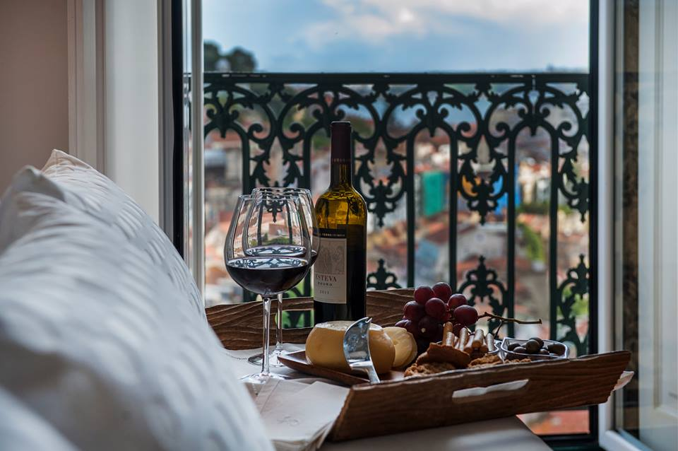 lisbon wine and cheese, lisbon hotels, lisbon guide