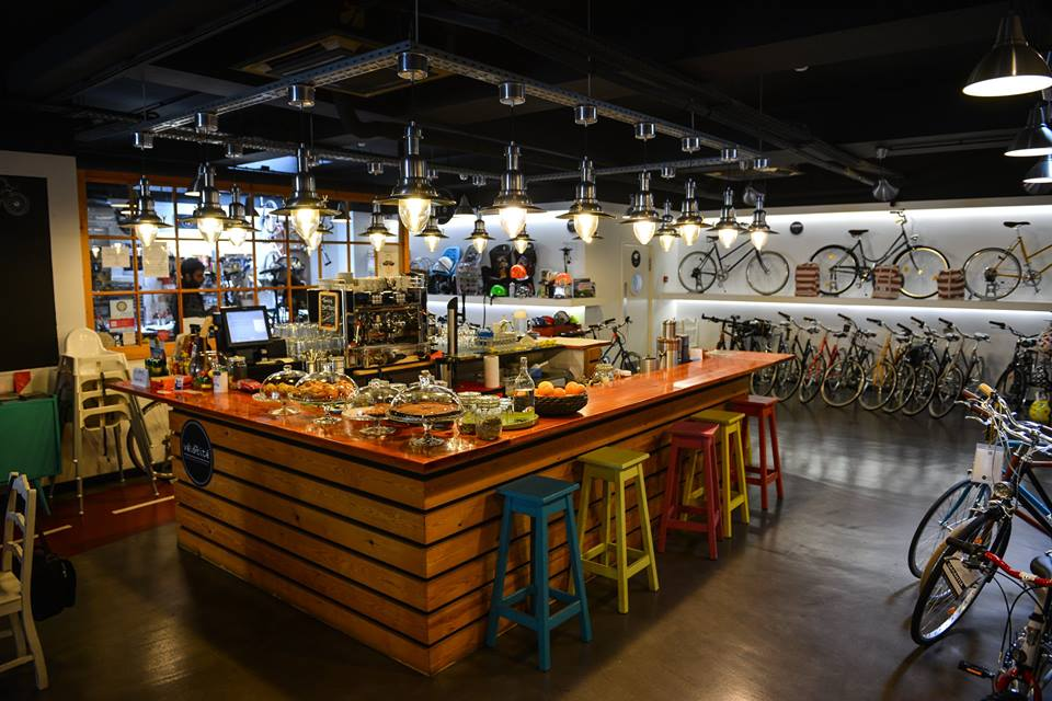 coolest cafes in lisbon