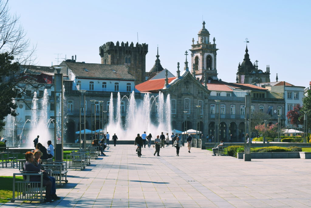 living in portugal, portugal expat tips