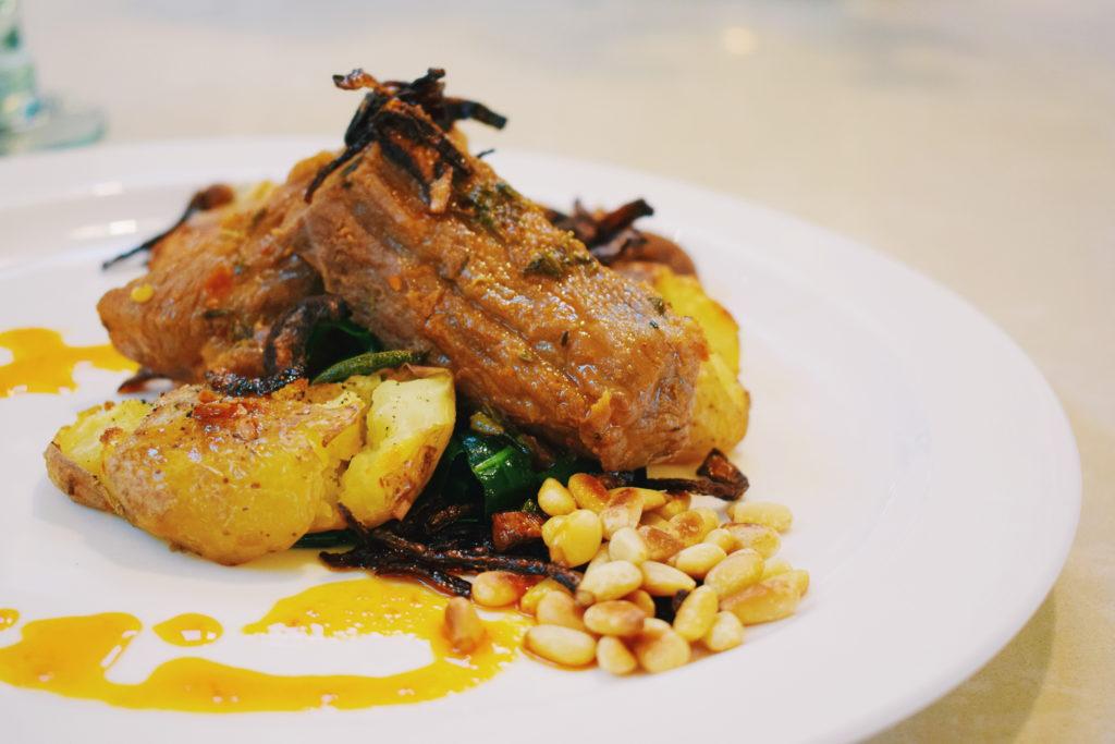 wine and garlic pork, carne de vinha d'alhos, portuguese pork, portugal cuisine